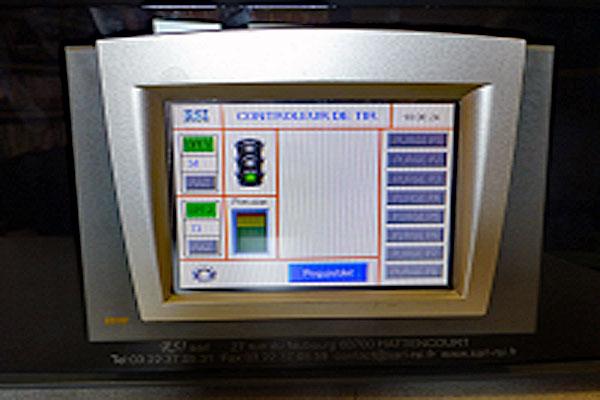 Controleur-pour-web600
